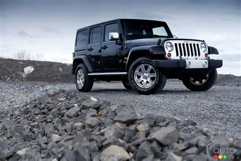 2012 Jeep Wrangler Unlimited by 2012 Jeep Wrangler Unlimited Car Reviews Auto123