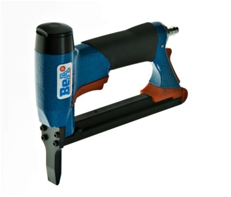 Best Pneumatic Staple Gun For Upholstery by 71 16 Bea Nose Air Uphostery Stapler