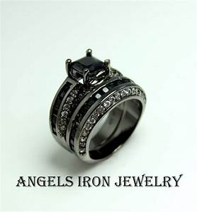 angels iron black gold ring set engagement wedding With punk wedding rings
