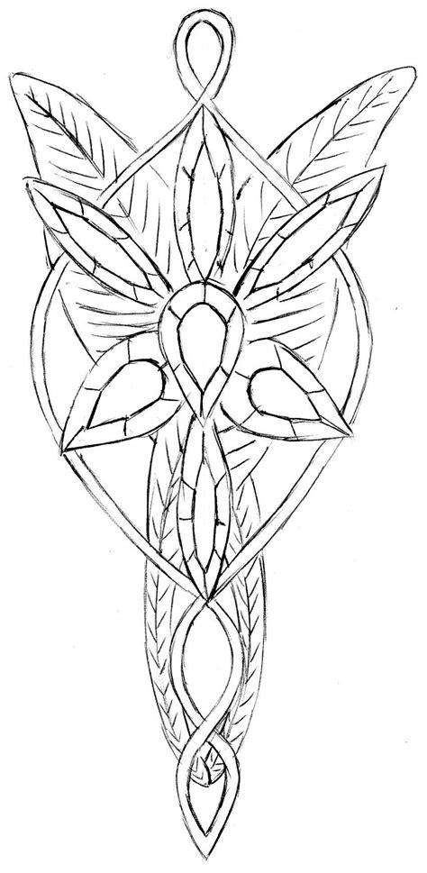 Arwen's necklace (Elessar) by Stairwaytoelle.deviantart