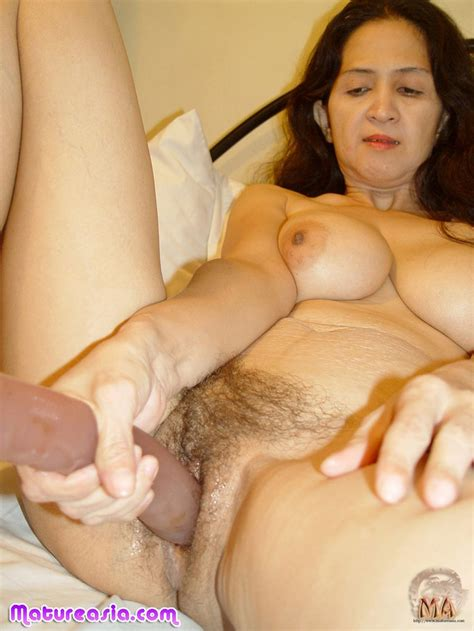 Amateur Asian Granny With Some Nice Big Tits Gets Into Sex