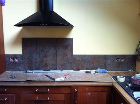 cr馘ence cuisine verre renovation credence carrelage maison design bahbe com