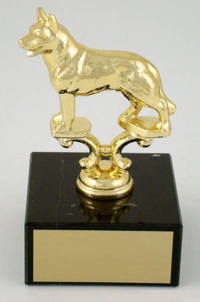 dog trophy  large black marble base schoppys