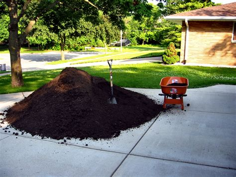 Soul Amp Photos Of Five (5) Cubic Yards Of Top Soil
