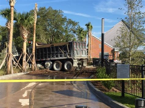update dump truck crashes  water works park tampa