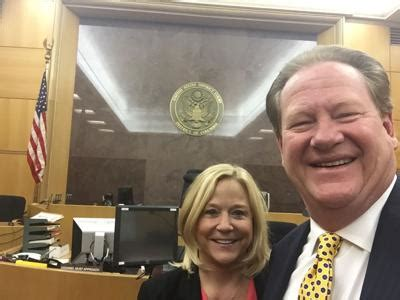 Jury sides with TV show host Ed Schultz in lawsuit ...