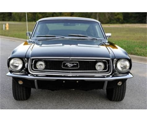 siege mustang a vendre voiture 1968 ford mustang gt fastback à vendre