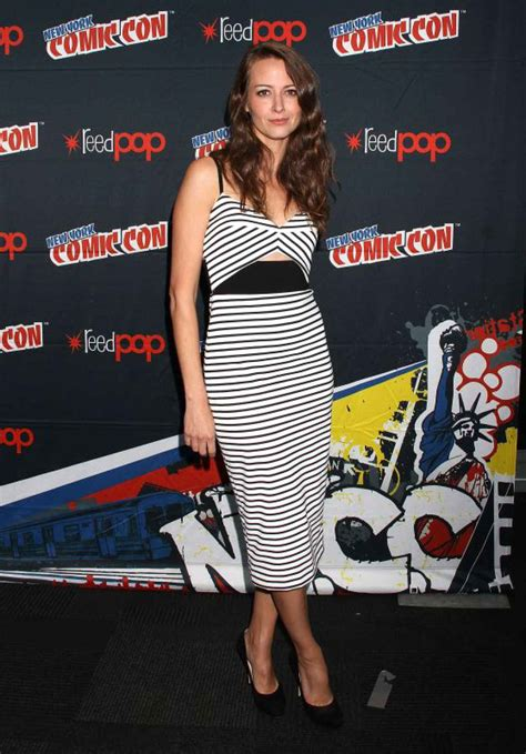 Amy Acker – Promoting Person of Interest at 2015 New York ...