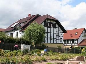 Haus Mit Scheune : haus mit scheune architekt ~ Frokenaadalensverden.com Haus und Dekorationen