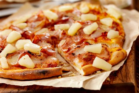 pizza makers chefs pineapple pizza debate style living
