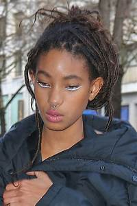Willow Smith39s Hairstyles Hair Colors Steal Her Style