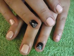 Nail designs for very short nails : Nail art ideas for very short nails