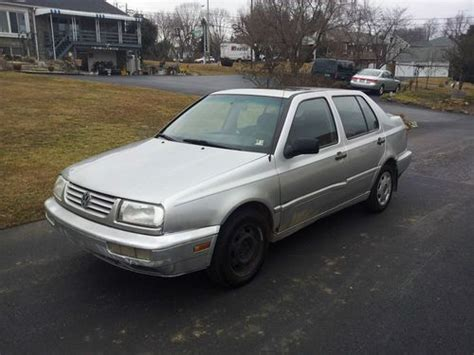 Sell Used 1998 Volkswagen Jetta Tdi Diesel 5 Speed Sunroof
