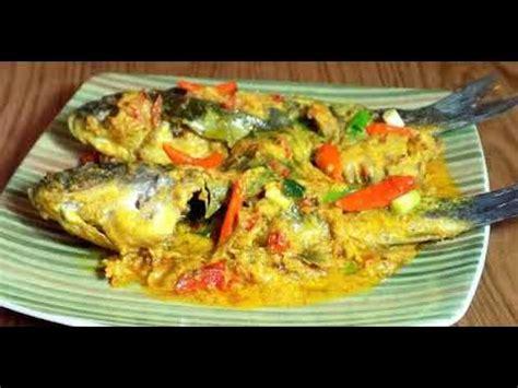 Ikan begitu banyak diolah dengan bermacam bumbu dan olahan, salah satu ikan itu ada lah ikan mas dan yang kami tampilkan kali ini buat pembaca resepmasakankreatif.com adalah resep. Resep Cara Membuat Ikan Bakar Padang Bumbu Kuning - YouTube