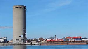 Demolition of silo goes wrong, Denmark (For licensing or ...