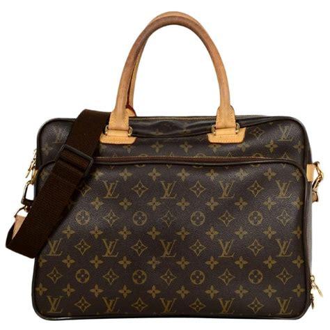 louis vuitton coated canvas monogram icare laptop travel messenger bag rt   sale  stdibs