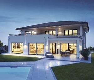 Weber Haus Preise : stadtvilla mit walmdach und pool weberhaus fertighaus ~ Lizthompson.info Haus und Dekorationen