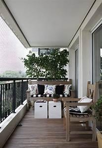 kleinen balkon gestalten laden sie den sommer zu sich ein With französischer balkon mit kleiner holztisch garten