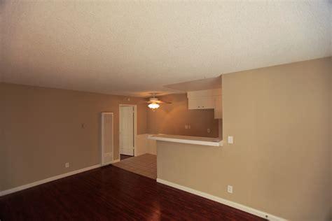 2 Bedroom Apartments 800 by 2 Bedroom 1 Bathroom 800 Meyer Apartments