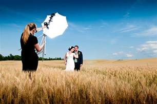 wedding photographer how to become a wedding photographer diy photography