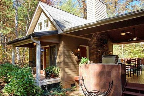 luxury cottage for sale home lakes and guest houses on