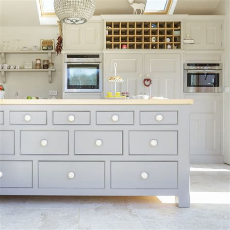 kitchen island units uk 9 standout kitchen islands