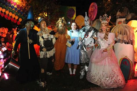 wizard oz characters theme stage productions entertainment herns rick props performers area