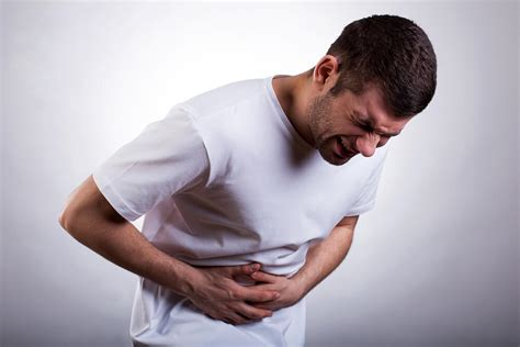 munculnya sakit perut sebelah kanan jangan dianggap remeh