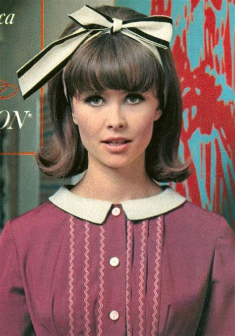 How To Create 60s Hairstyles by 1960s Hair Do 1960 S 1970 S 60s Hair 1960s Hair