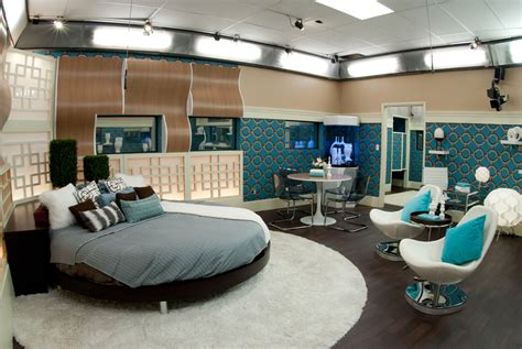 big bedrooms video photos tour of the big brother 13 house with julie chen starcasm net