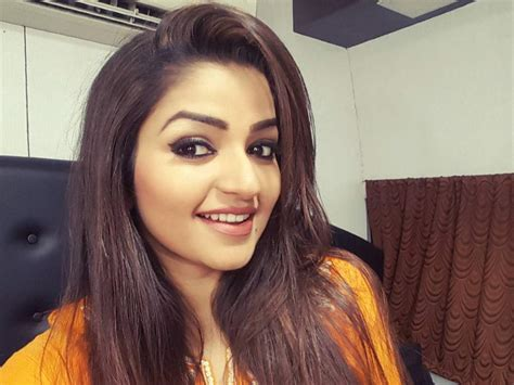 Nithya Ram Actress Nithya Ram Enjoys A Fan Moment With