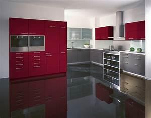 Küche In Rot : weinrot und basalt l k che im klassischen stil ~ Frokenaadalensverden.com Haus und Dekorationen