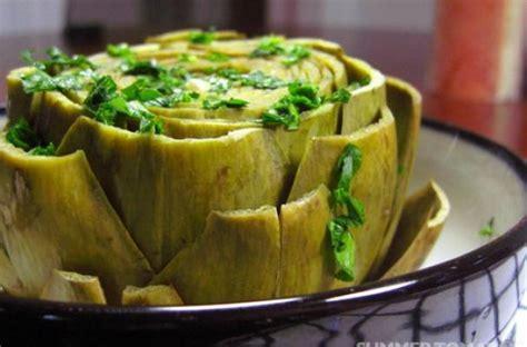 foodista seasonal eating easy italian steamed artichokes