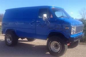 Pathfinder 4x4 Chevy  U0026 Gmc Conversion Vans