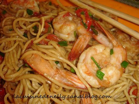 pates chinoise aux crevettes 28 images recette du saut 233 de crevettes et p 226 tes