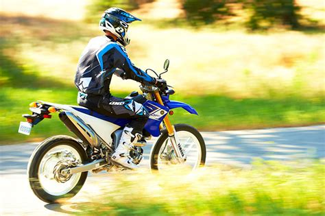 Review Yamaha Wr250 R by 2014 Yamaha Wr250r Review
