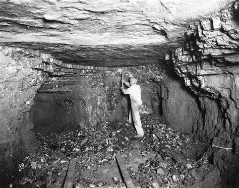 people work   coal industry investopedia