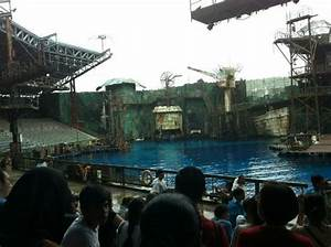 Waterworld show - Picture of Universal Studios Singapore ...