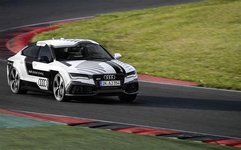 2018 Audi Rs 7 Piloted Driving Concept Motion 10