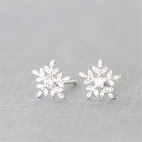 silver glistening snowflake earrings studs  necklace