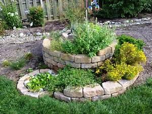 Gartengestaltung Einfach Und Günstig : 55 g nstige gartenideen einen sch nen garten mit wenig geld gestalten ~ Markanthonyermac.com Haus und Dekorationen