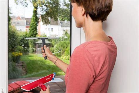 Fenster Richtig Putzen Ohne Streifen by 7 Tipps F 252 Rs Fenster Putzen Ohne Streifen Zu Hinterlassen