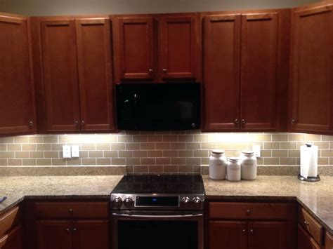 kitchen tile backsplash ideas with cherry cabinets home