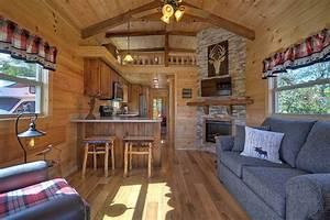 Green River Log Cabins Builds Custom Park Models in 3 ...