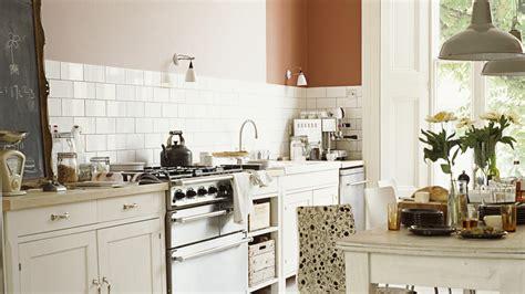 cuisine repeinte en blanc peinture cuisine blanche cuisine rustique dulux