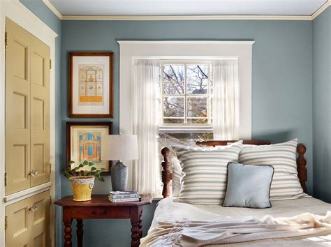 Bedroom Decorating Ideas Bed Window by Lovely Home Designs 187 Tremendous Window Trim Decorating