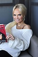 Kristin Chenoweth - Backstage at The View in New York 11 ...