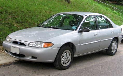 98-02 Ford Escort Tapon De Gasolina Con Llaves