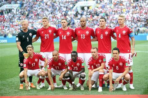 Kampen blev afbrudt ved stillingen. Dänemark EM 2020 - Kader, Stars & Dänemark EM Trikot 2020 ...