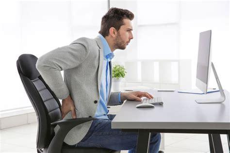 position bureau comment adopter une bonne posture assise pour le dos au
